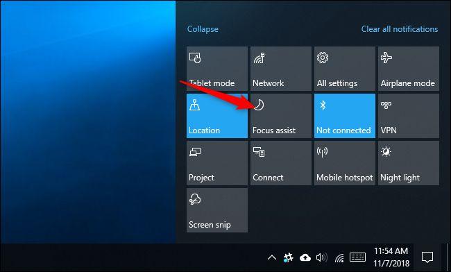 Windows 10garren hurrengo eguneratzeak bideoak ikusten dituzun bitartean jakinarazpenak ezkutatuko ditu 3