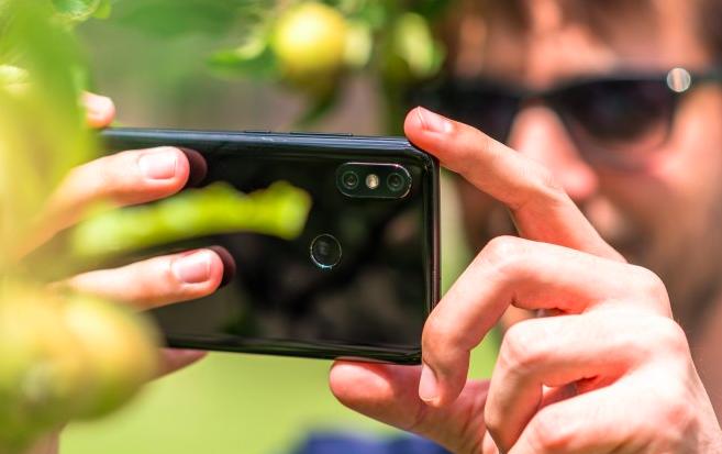 Xiaomi Mi 8 eta gaueko filmatzeko modua Mi Mix 2s-ekin dator