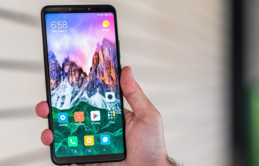 Xiaomi-k ez ditu Mi Max eta Mi Note modelo berriak ekoiztuko