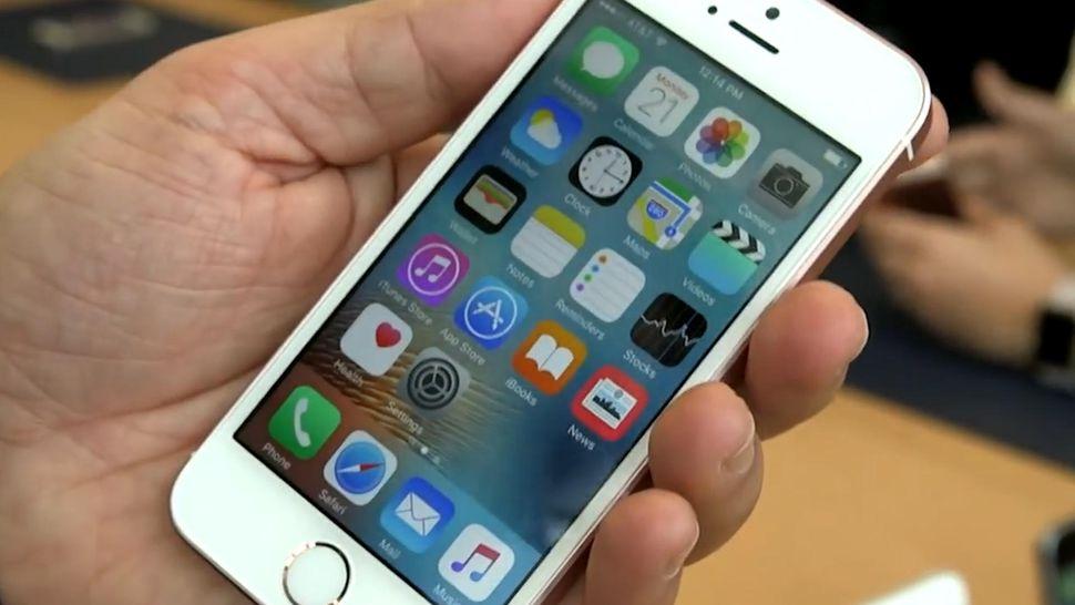 iPhone SE berriro jarri da abian