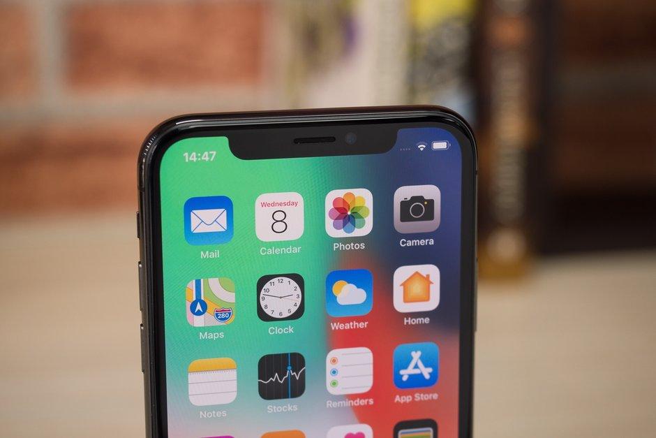 iPhone Xc, X eta Xs Plus salmenta data iragarri dira