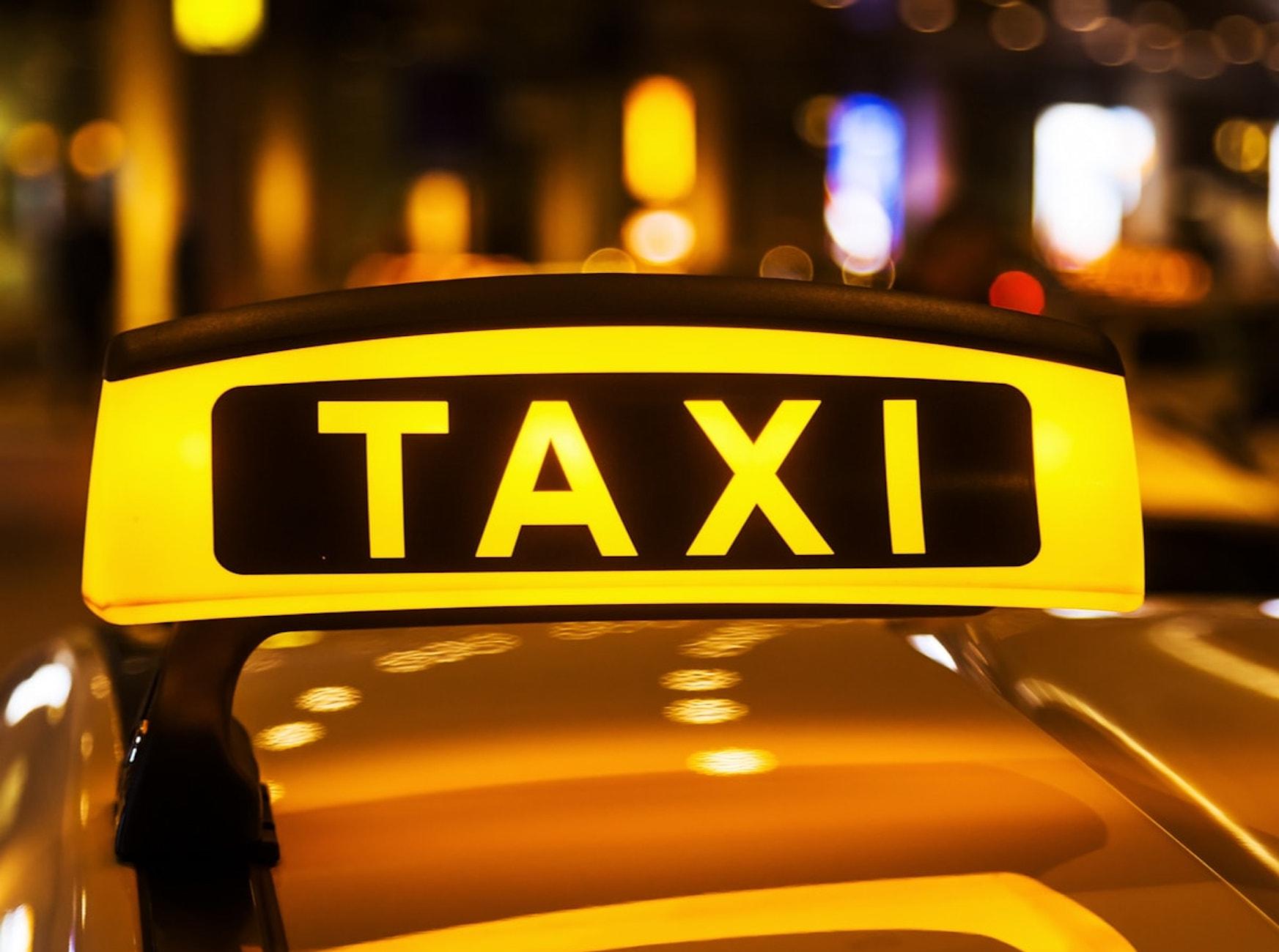 iTaxi FreeNow, Uber eta Bolt dira aurretik.  Taxiak Huawei AppGallery aplikazioarekin sartu